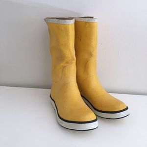 Sperry mid-calf yellow rain boots